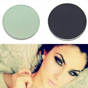Stila Other - HP💙Stila Eyeshadow Bundle