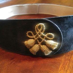 Vintage Black Suede Fashion Belt Anne Klein. L