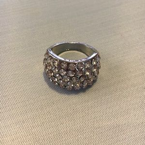 Jewelry - CRYSTAL BAND RING