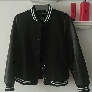 Zara Jackets & Blazers - Zara Contrast Bomber Jacket!
