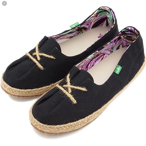 6aba8ec75c9 Sanuk Mochi Shoes Black NWT