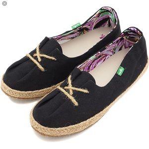 Sanuk Shoes - 🆕 Sanuk Mochi Shoes Black NWT