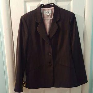Le Suit Jackets & Blazers - NWOT Le Suit blazer black pink pin striped