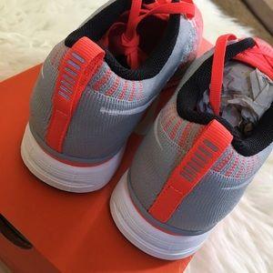 f9322d67c29048 Nike Shoes - Nike Flyknit Trainer women s 6.5 men s 5