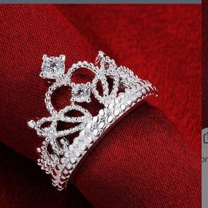 Jewelry - New 925 crown princess ring size 8