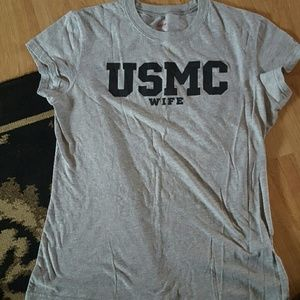Sz XL USMC Marine Wife womans shirt