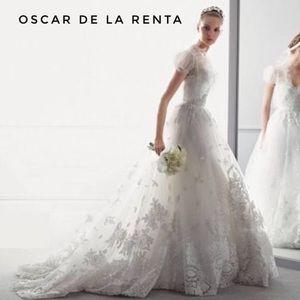 Oscar de la Renta Dresses & Skirts - Oscar de la Renta 12e04 wedding dress