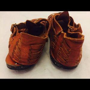 e36a7d1a9597 Vintage Shoes - 70s Huarache Sandals Ankle Straps Tire Soles 5 35