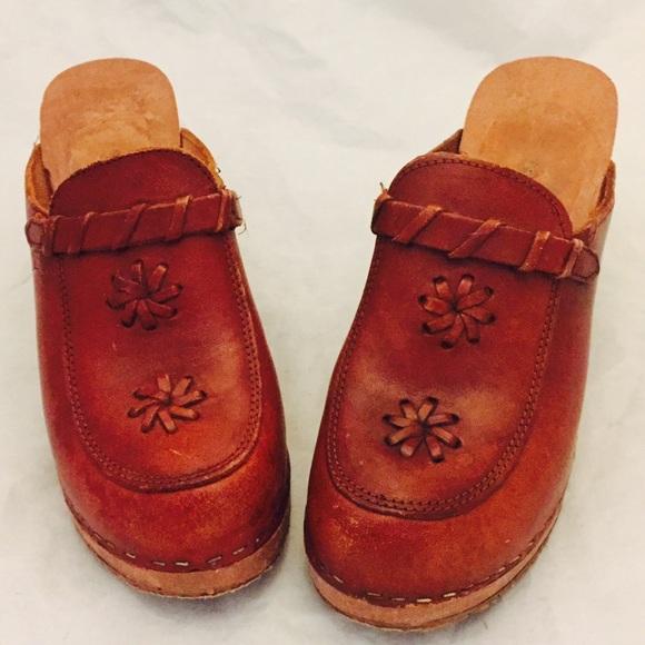 34bdd69720304 70s Clogs Platform Wedge Wood Leather Mules 7.5