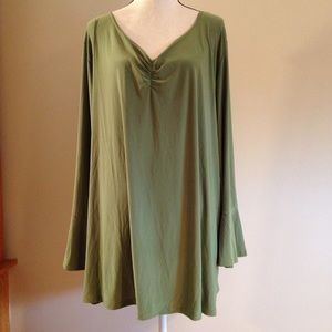 Antthony Tops - NWOT Plus size blouse 3x