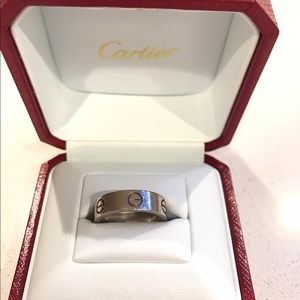 Cartier love ring- white gold ❤️