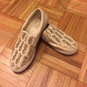 Bucket Feet Shoes - Bucketfeet Sneakers