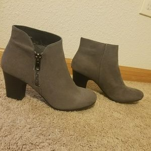 Nicce Shoes - Nicole suede boots