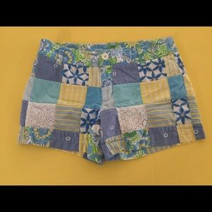 Lilly Pulitzer Pants - Lilly Pulitzer patchwork Callahan shorts 0