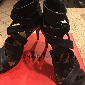 Donald J. Pliner Shoes - Donald J Pliner ladies sandal