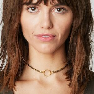 Vanessa Mooney Ring Bonet Chocker