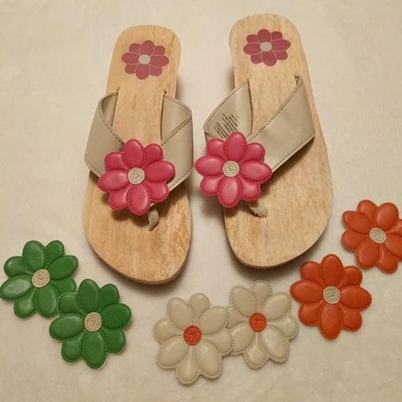 f22050cf7defdc Avon Shoes - Avon flower wedge sandals w  interchangeable 7 8