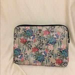 Anna Sui Handbags - Anna Sui laptop zip up case