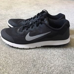 Nike Other - Men's Nike Flex Experience Run 4 Sneakers