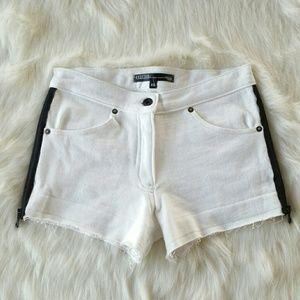 Drifter Pants - DRIFTER short shorts with side zippers
