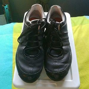 Yohji Yamamoto Shoes - Yohji Yamamoto black sneakers
