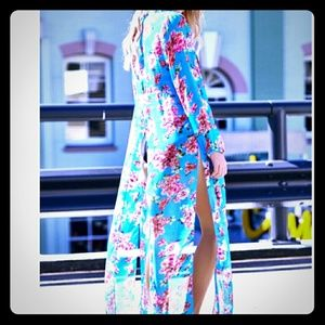 Beach Riot Other - Long Sleeve Deep V Floral Cover Up