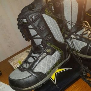 5150 Shoes - 5150 Snowboard boots