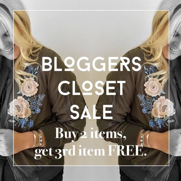 lulus Tops - HUGE Bloggers Closet Sale 🙌🏻💋✌🏼