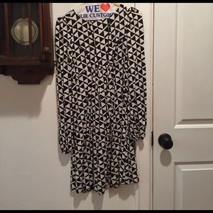 Tart Maternity Dresses & Skirts - Black and white maternity dress