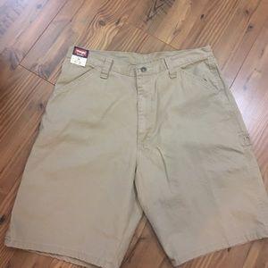 Wrangler Other - Wrangler original cargo shorts