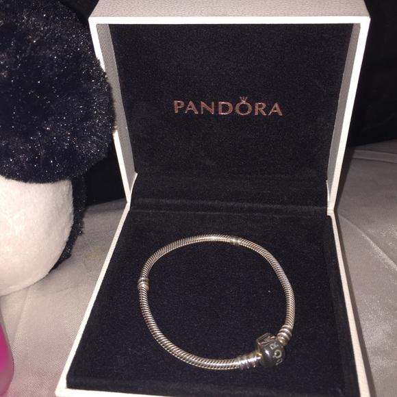 off Pandora Jewelry Pre owned gorgeous Pandora bracelet
