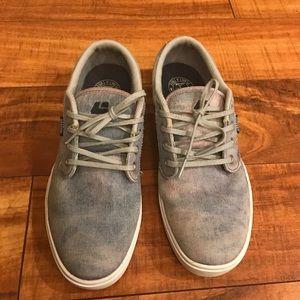 Etnies Shoes - Etnies skate shoes