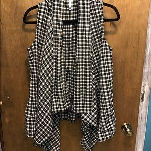 Flowy plaid vest