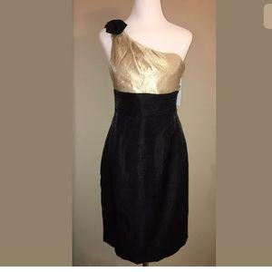 London Times Dresses & Skirts - LONDON TIMES Black & Gold Dress