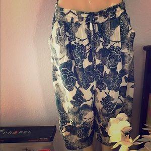 Lou & Grey Pants - ⚡️SALE!LOU & GREY:| Floral Wide Leg Pants. size M.