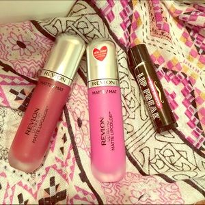 Revlon Other - Bold lip bundle matte lipcolor and balm