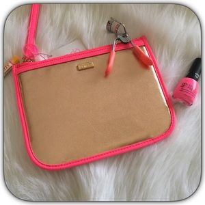 NWT Nice Hot Pink/Gold Travel Cosmetic Bag
