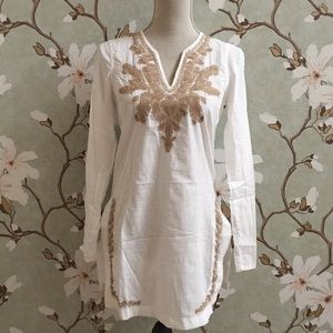 Old Navy White and Tan Embroidered Tunic