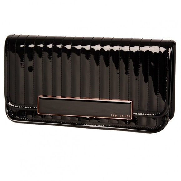 Ted Baker Handbags - SALE 🎉 Ted Baker Black Patent Clutch