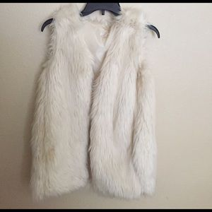 faux fur Other - Faux fur vest !! Never worn just didn't fit me