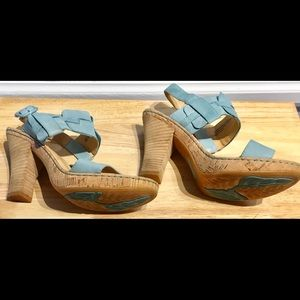 Born Shoes - Brand New!! Born by Crown Beautiful Blue Sandals!!