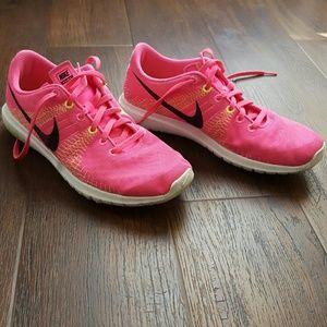 Nike Fury Fitsole Womens 9.5 pink shoe sneaker