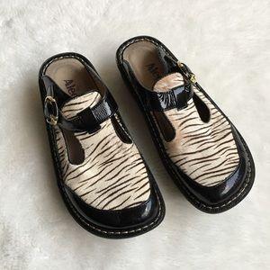 Alegria Shoes - Alegria Slip on Clogs Pony Hair size 37