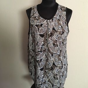 Larry Levine Tops - Larry Levine sleeveless printed blouse wth zipper