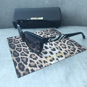 Roberto Cavalli Accessories - ROBERTO CAVALLI Kuma Cat Eye Sunglasses NWOT
