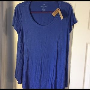 American Eagle  Scoop Neck Soft & Sexy T