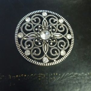 Premier Designs Jewelry - Premier Sundial brooch and pendant