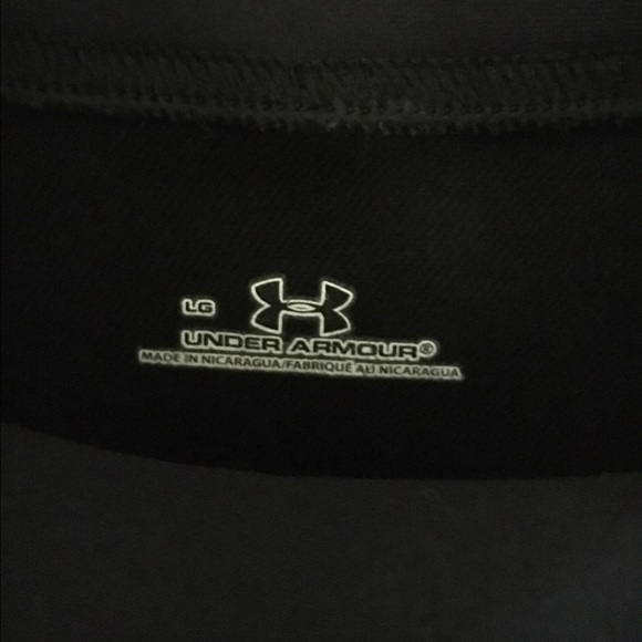 Under Armour Tops - Under Armour long sleeve mock neck workout top L