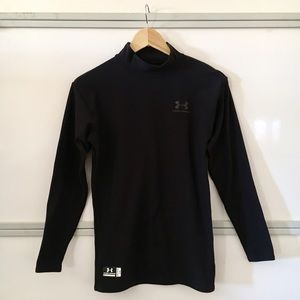 Under Armour long sleeve mock neck workout top L