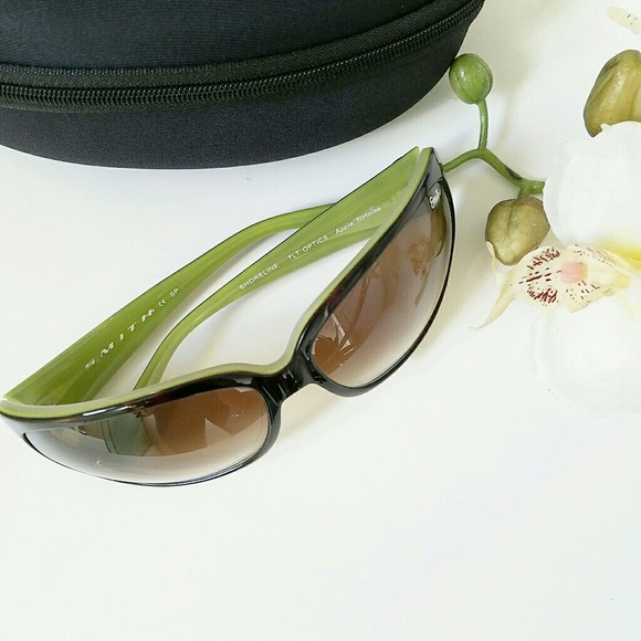3c9a60460ac24 ✴Smith Shoreline Sunglasses✴. M 58c191a12fd0b78b89006af7. Other Accessories  ...